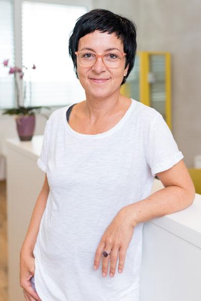 Dr. Andrea Ritz
